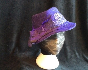 Hand dyed merino wool and silk mawata styled into a diamond fedora, wet felted, size small