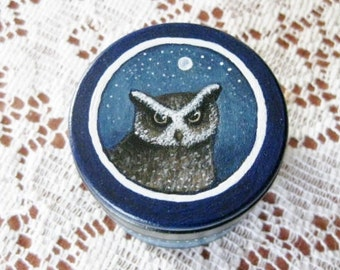 TRINKET BOX - Hand Painted - Wooden - Round Circular - Jewelry Ring Keepsake Tooth