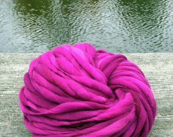 Handspun super bulky yarn in thick and thin merino wool - 65 yards, 3.5 ounces/100 grams