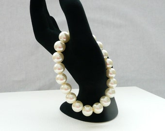 nbs-Ivory Pearl Stretch Bracelet