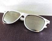 vintage 90s deadstock sunglasses wayfarer metallic silver foil plastic frame sun glasses eyewear fashion unisex simple classic mirror NOS 59