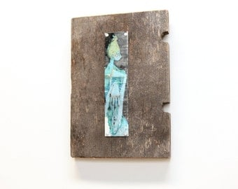 """Figurative Mixed Media Small Rustic Wall Art Metal & Wood """"Aphis"""""""