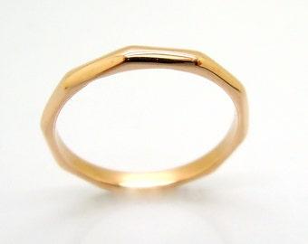 Wedding band, 14k Rose Gold, delicate ring, faceted design, polished texture