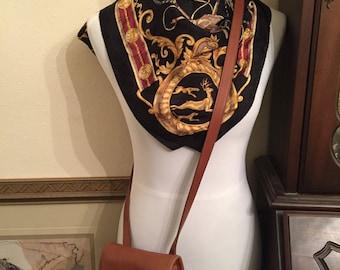 Coach British Tan SidePack 9978 Crossbody Style Shoulderbag Preppy Traditional Fashion Wear