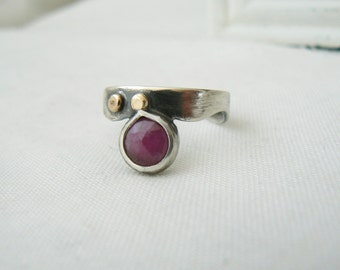 Berry - Oxidized Sterling Silver, 14k yellow Gold and Rose Cut Sapphire Ring - Handmade Jewelry 925 Gemstone
