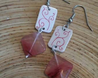 Scrimshaw Earring Set Pink Swirls Panel and Glass Bead OOAK Great Gift Idea