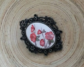 Scrimshaw Brooch Pin Lovely Red Flower Swag OOAK Great Gift Idea