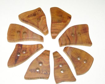 8 Handmade   wood buttons, accessories