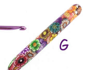 Susan Bates, G 6/ 4.00mm, Colorful Polymer Clay Covered Crochet Hook, Flower Design