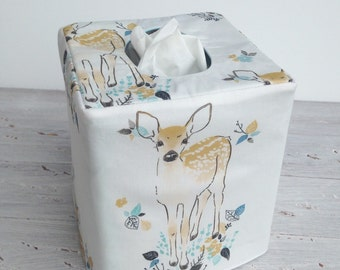 Little fawn reversible tissue box cover