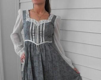 SHOP SALE Vintage Gunne Sax Dress 70s Country Blue Floral 5 XS Xxs Hippie Boho Prairie