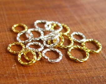 20 / 30 pcs - 6mm / 8mm - gold / silver plated - twisted open jump ring beads brass metal findings