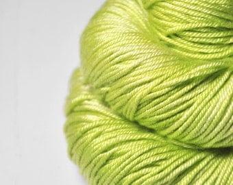 Splitted lime - Silk/Merino DK Yarn superwash