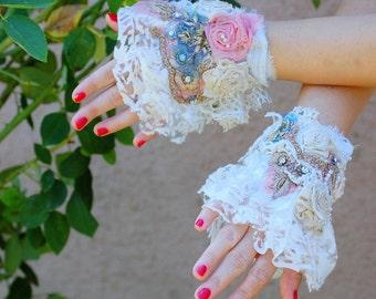 Cuff, marie antoinette, jane austen,victorian, wedding, beaded cuff, faery, lace, tatter punk, romance, gypsy, textile cuff, bracellet,lady