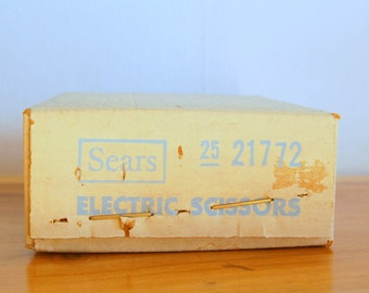 Vintage New In Factory Sealed Box ~ Sears Electric Scissors ~ Model # 21772 ~ Surprise / Mystery Color ~ Sewing Notion ~ 3 Speed ~ NIB ~ NOS