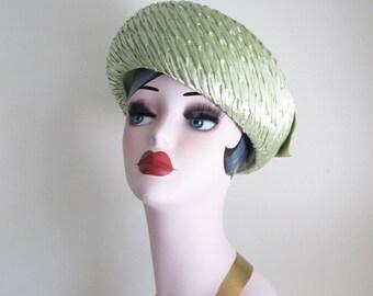 40% OFF SALE Vintage 1960's Green Pillbox Hat / Ladies Sage Green Couture Derby Top Hat