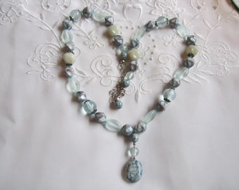 Vintage Beaded Necklace in Shades of Blue...Plastic and Glass
