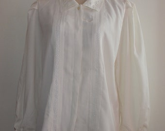 Off White Ivory Floral Embroidered Lace Eyelet Top Blouse Bust 42