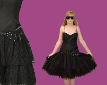 Grunge prom dress 80s 90s Lace dress ruffle cocktail tiered Spaghetti straps IngridIceland punk 90s hipster prom
