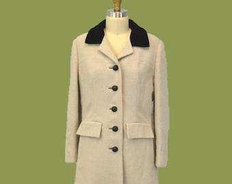 Equestrian jacket wool cream and black /  velvet collar / 1960s Autumn Winter IngridIceland