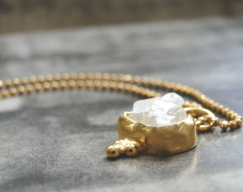 Quartz Pendant Necklace / Gift for Her / Holiday Gift / 22K Gold Quartz Pendant / Jewelry / Gold Ball Chain / Accessories
