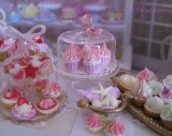 1:12 Pretty In Pink Cupcakes by IGMA Artisan Robin Brady-Boxwell - Crown Jewel Miniatures