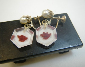 Lucite Rose Hex Earrings - Red & White Reverse Carved - Screwback