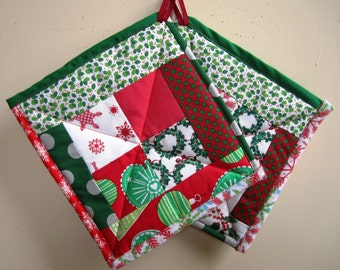Christmas Pot Holders Holiday Hot Pads Patchwork Quilted Set of Two – 9.5 x 10 Inches