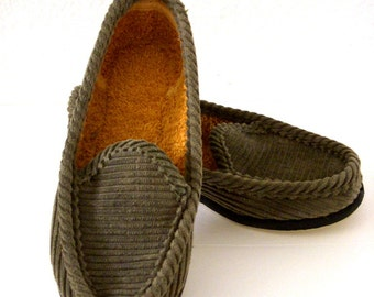 50s 60s Boys Corduroy Slippers - Vintage 1950s 1960s Grey Green Little Boys House Shoes - Boys Terry Cloth Lined Shoes - New Old Stock - 10
