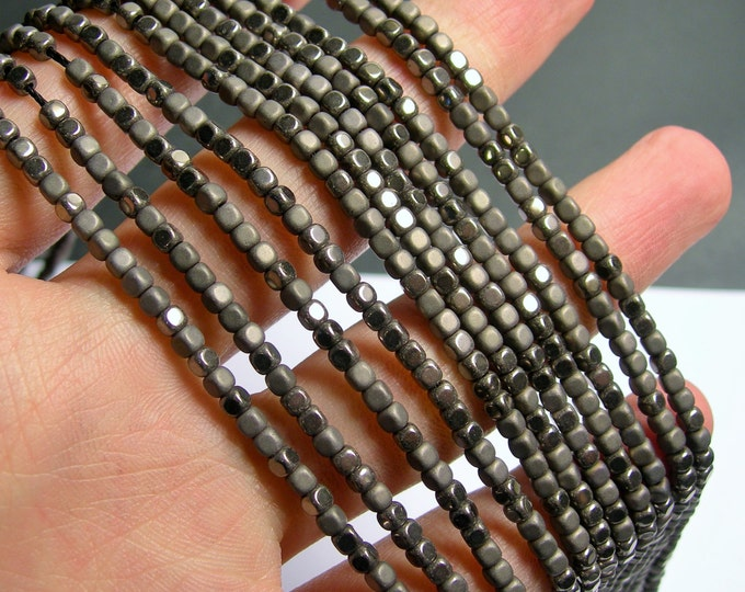 Hematite charcoal - 3mm cube beads -  full strand - 140 beads - AA quality - matte and polished  - PHG244