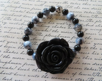 Stretch Bracelet With Large Black Resin Rose Agate And Onyx Beads