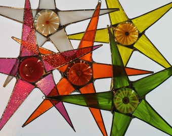Gerbera Star- Stained glass points with lacquered flower under glass center- 9 inches
