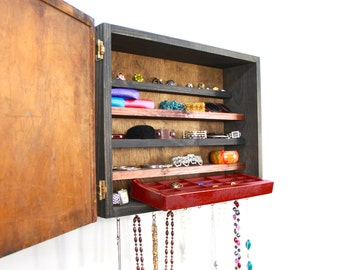 Maroon jewelry storage