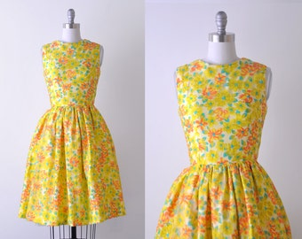 vintage 1960 dress. floral print. 60's bright yellow dress. xs. orange. chartreuse. full skirt.