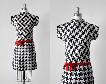 60's houndstooth dress. drop waist. 1960 mod dress. red bow. scooter. 60 black & white dress. small.