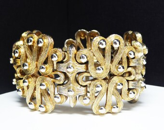 Wide Goldtone Bracelet - Curvy Linky - Linky extra wide big bracelet - TeamLove ecochic, thejewelseeker, Modernist Design