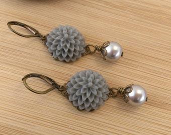 SALE: Grey Flower and Pearl Earrings. Grey Lucite Mum Earrings. Victorian Earrings. Grey Pearls. Flower Jewelry.