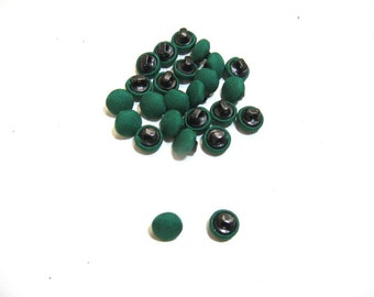 14 Line Fabric Covered Hopper Back Buttons in Green 25PC.