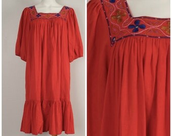Sandy Starkman red cotton Indian caftan embroidered gauze 70s 80s short sleeve festival hippy boho dress medium large free size