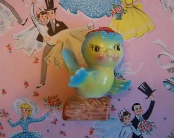 charming little bird figurine