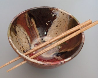 Handmade Stoneware Rice Bowl Noodle Bowl Ramen Bowl with Chopstick Rest Left Handed
