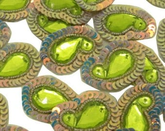 Indian Women Dress Decor Material Green Sequins Beaded Appliques Indian Crafting Sewing Supplies Beaded Paisley Patches 12pcs/1 Dozen BDA262