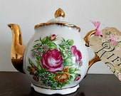 Vintage Teapot - Floral - Retro Kitchen Serving - Cottage Chic Roses