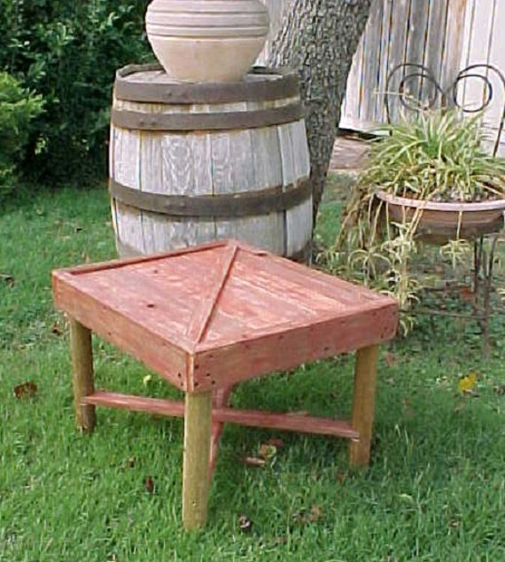 Table, Country Primitive, BARN DOOR Style Patio Side Table, Outdoor Furniture, Porch Table, Pool Side Table, Ol'Mexico Brick Red Stained!