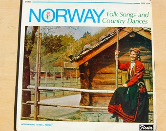 Vintage record album. Norway Folk Songs and Country Dances. Classic northern Wisconsin music.