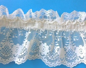 Double Ruffled Ecru Lace Sewing Trim 3 Yards by 4 1/2  Inches Wide L0559