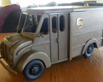 Big Brown / Antique Milk Truck