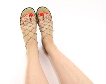 VINTAGE Gold Sandals 1990s Net Size 7