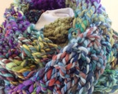 Hand Knit Infinity Scarf,  Bulky Knit Cowl,  Multicolor Hand Spun Yarn, Blue Purple Chunky Cowl,
