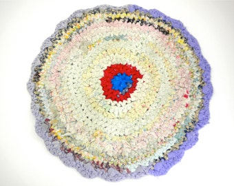 Rug, crocheted or braided, pastels, lavendar-purple, red-blue round-circle-target, small floor space, chair seat, bath mat, handmade vintage